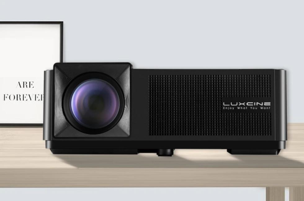 Luxcine Projector