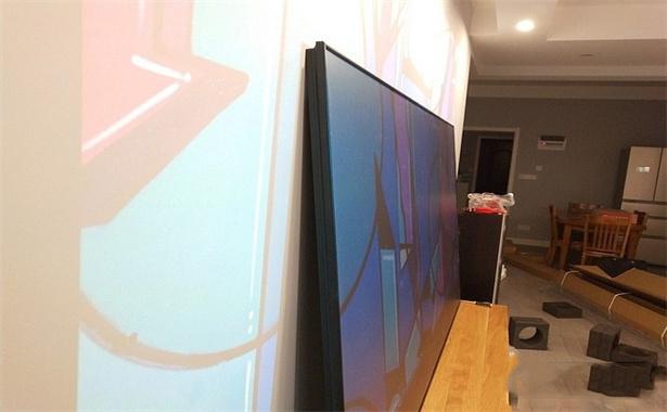 projector screen vs white wall (4).jpg